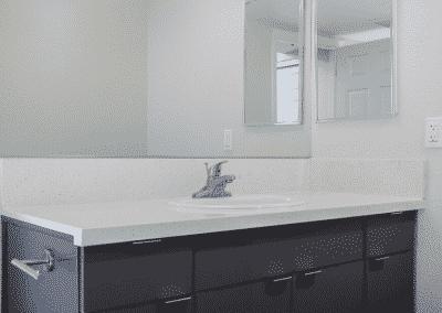 Sparkling white quartz counter
